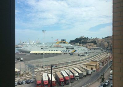 Vista del porto di Ancona