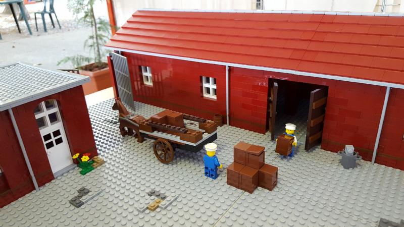 Sede Olivetti riprodotta con i mattoncini Lego - 3